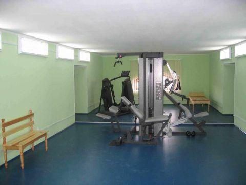 Ремонт спортивного зала (п. Мурмаши)